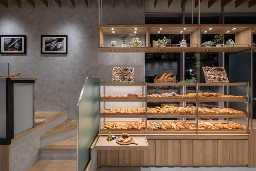 ドンク&RF1代々木店の内観、内装写真