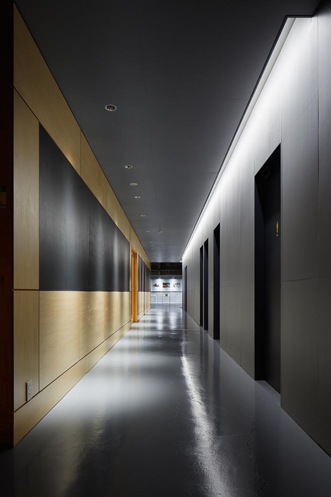 ANALOG.Inc(旧池田建築設計)による設計の株式会社ウッディパーツ第2工場オフィス建築概要写真